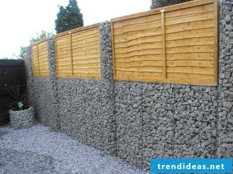 Gabion wall of pebbles
