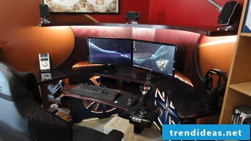 Gaming desk shape
