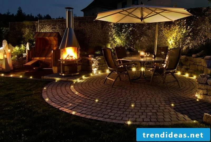Garden design ideas accent lighting night
