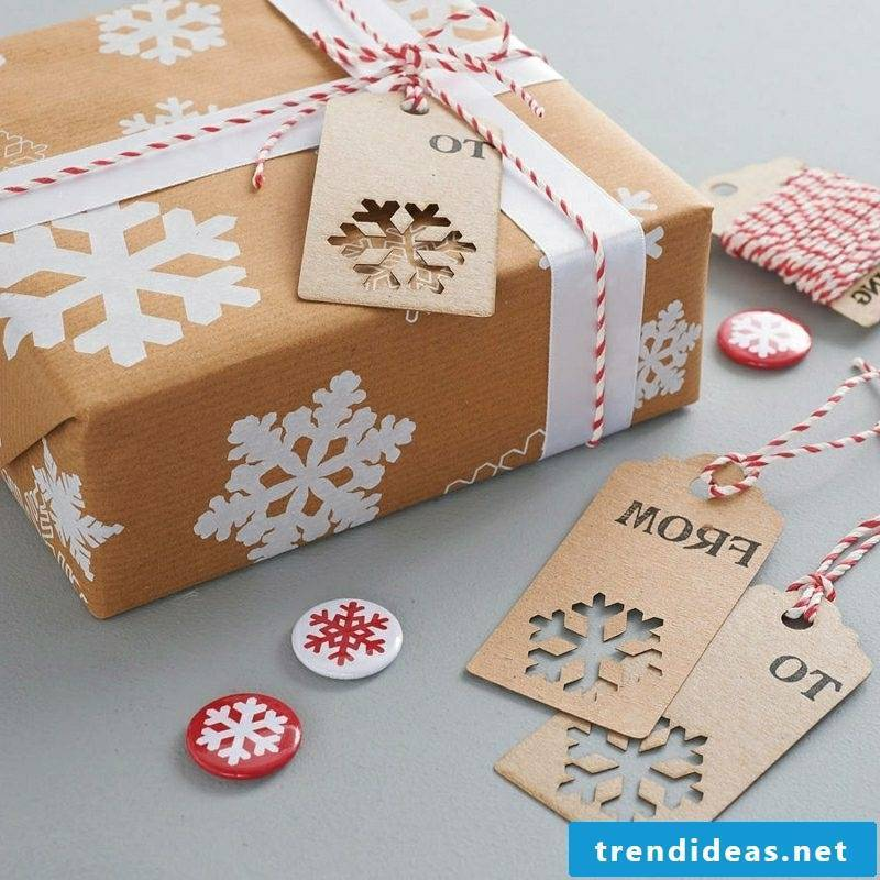 Gift wrapping for Christmas set great accents