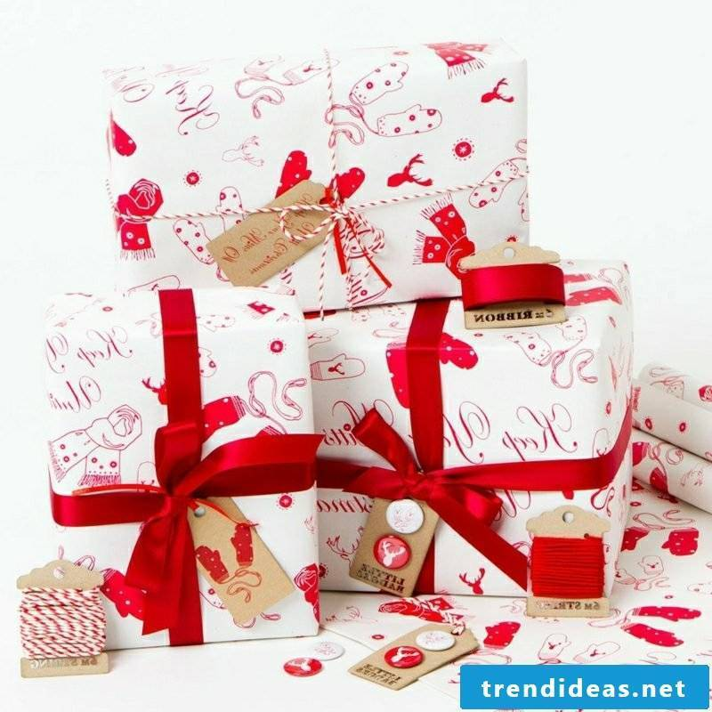 Gifts wrap Christmas gorgeous look