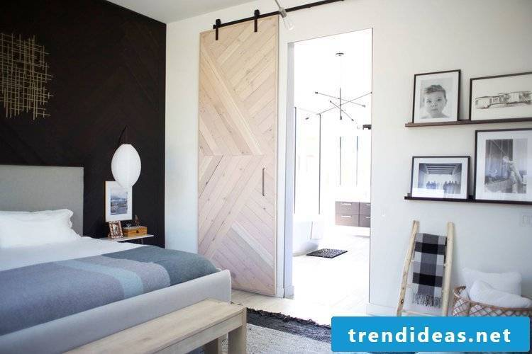 Great instructions for a beautiful sliding door - Read more about home-made ideas for DIY