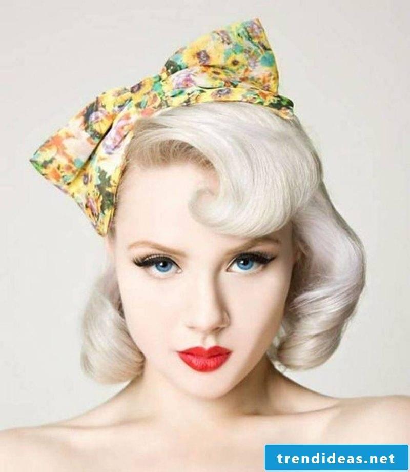 pin-up hairstyles-diy