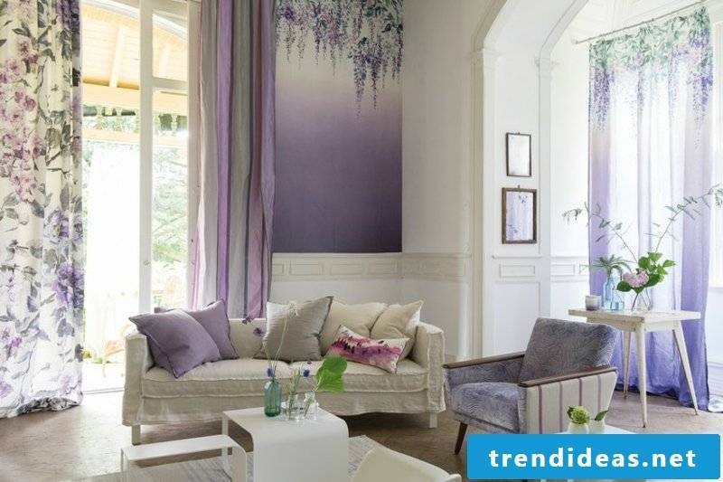 Living room wall hangings Ombre effect