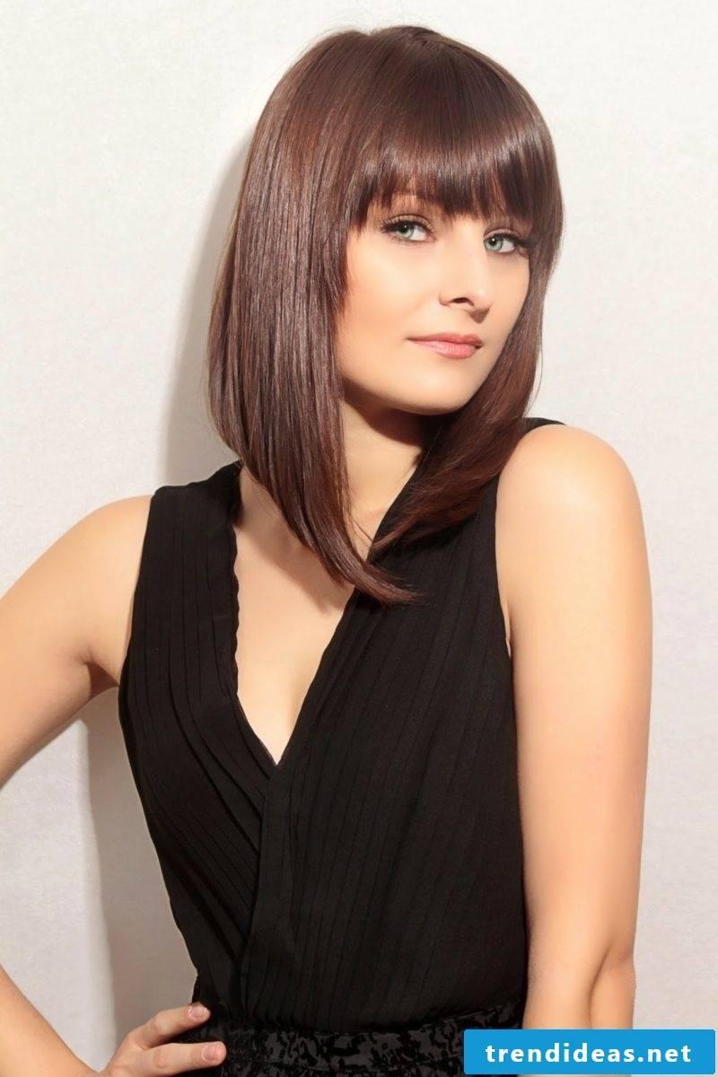 Step cut fine hair with bangs