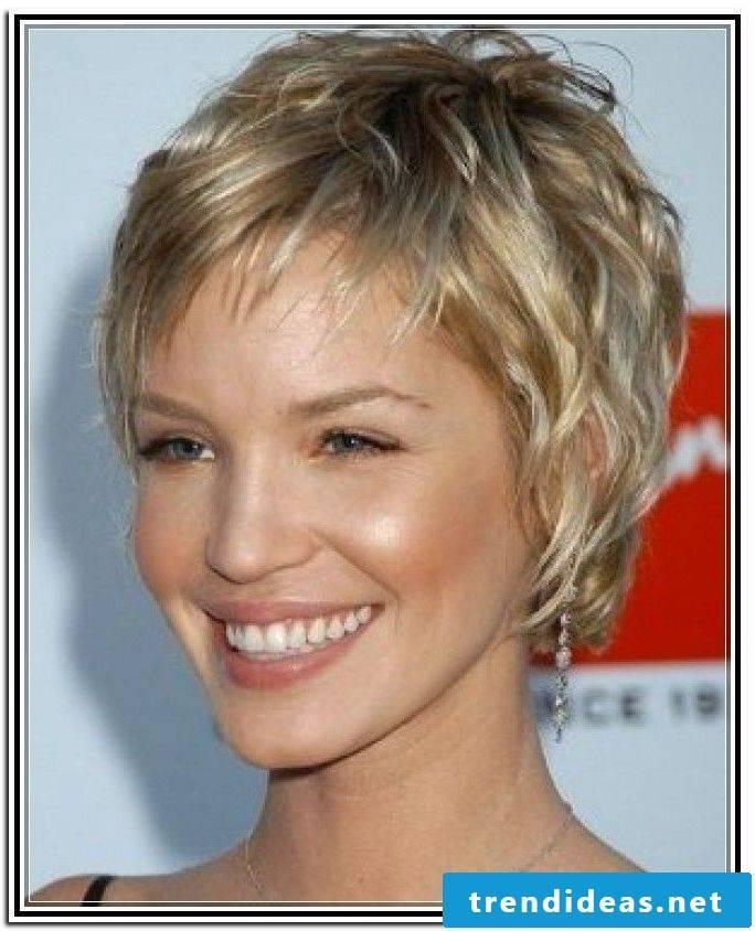 Short hair - a nice solution for thin hair