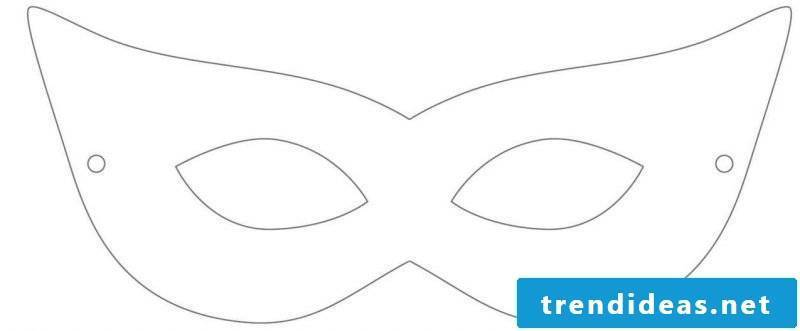 Make a Halloween mask with crafting templates