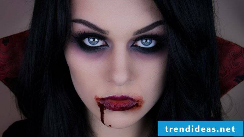Halloween costume ladies vampire