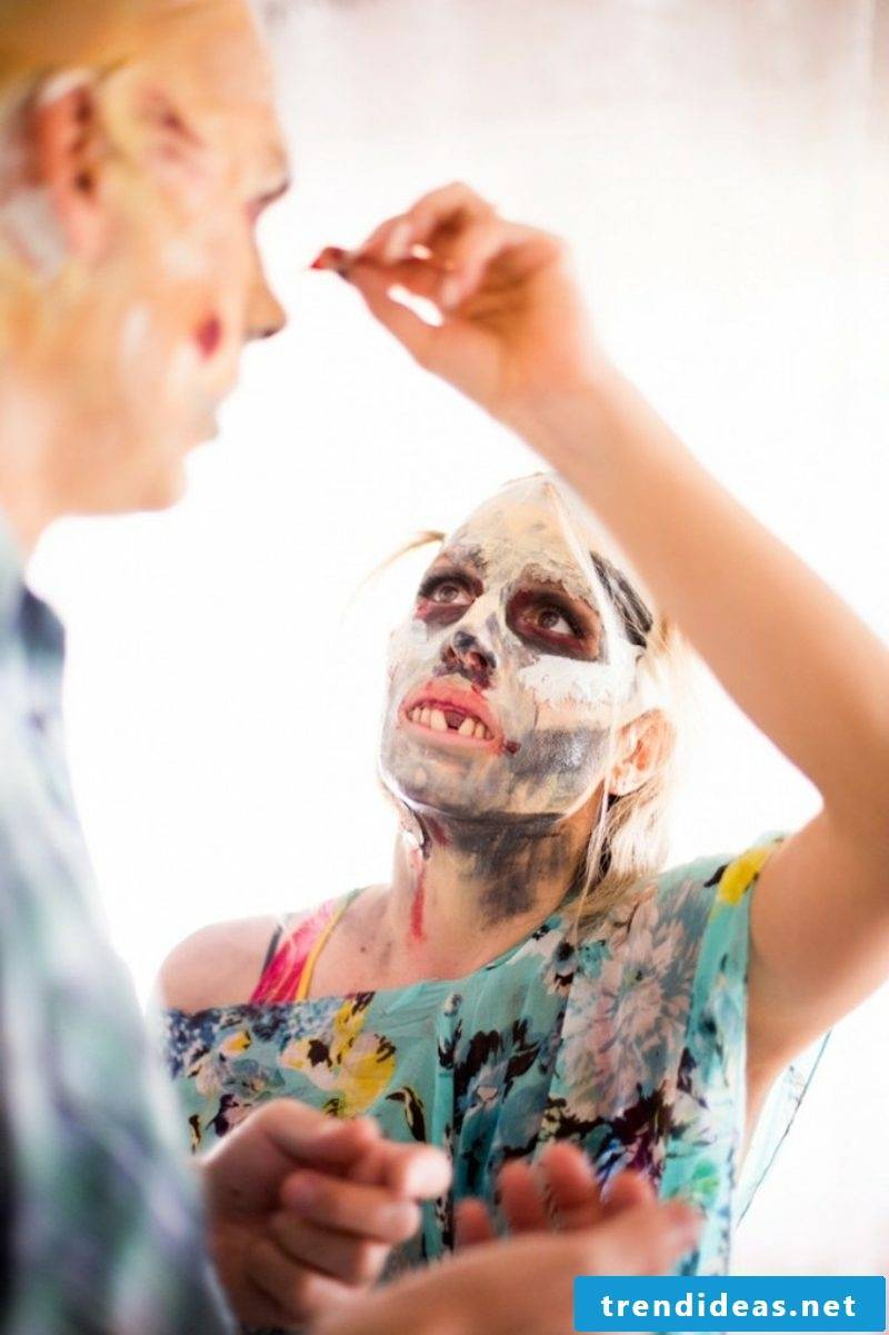 Costumes Halloween Zombie DIY ideas