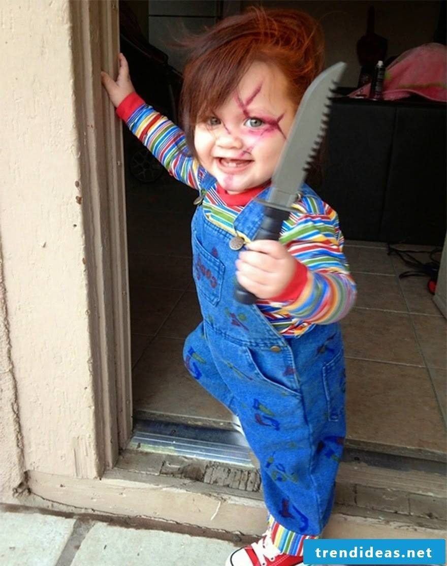 a cute robber - Halloween costume to make children themselves