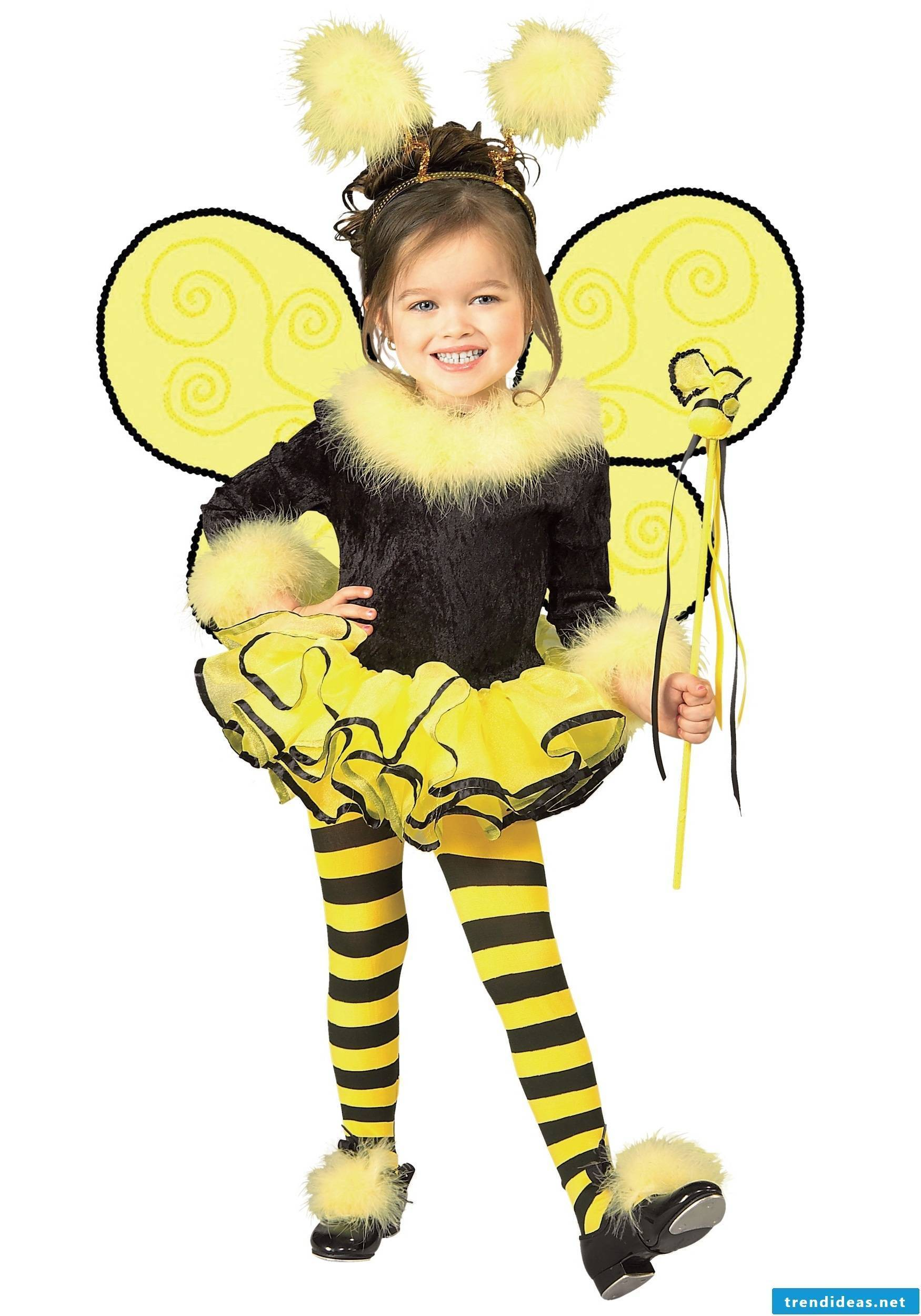 Bee Maya with quilted shoes