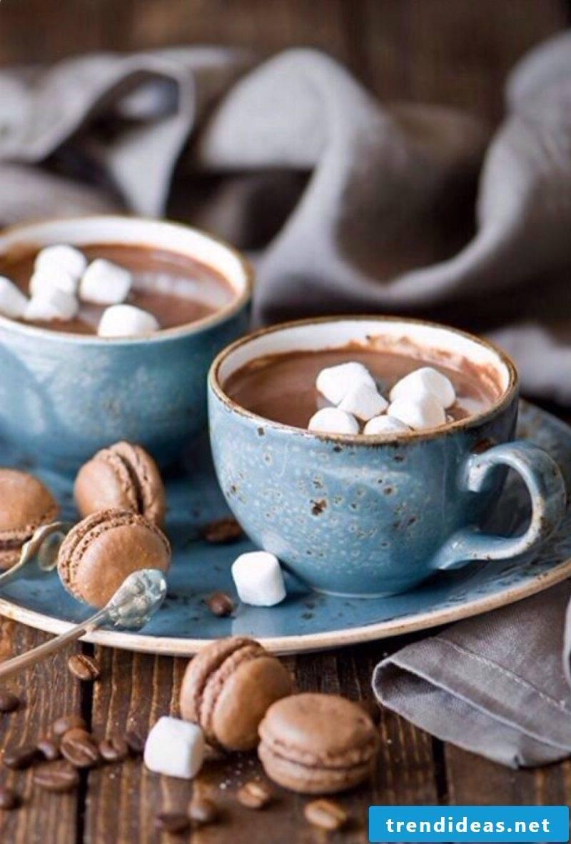 Staying hyggelig - enjoy hot chocolate