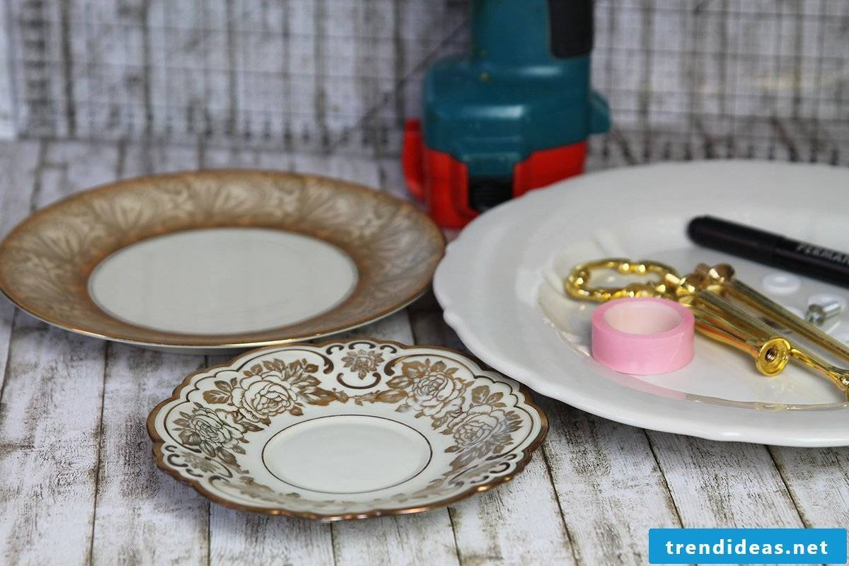Make your own cake stand out of porcelain - step 1