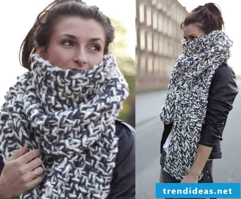 Would you like to have a beautiful scarf like this one?  Read here!