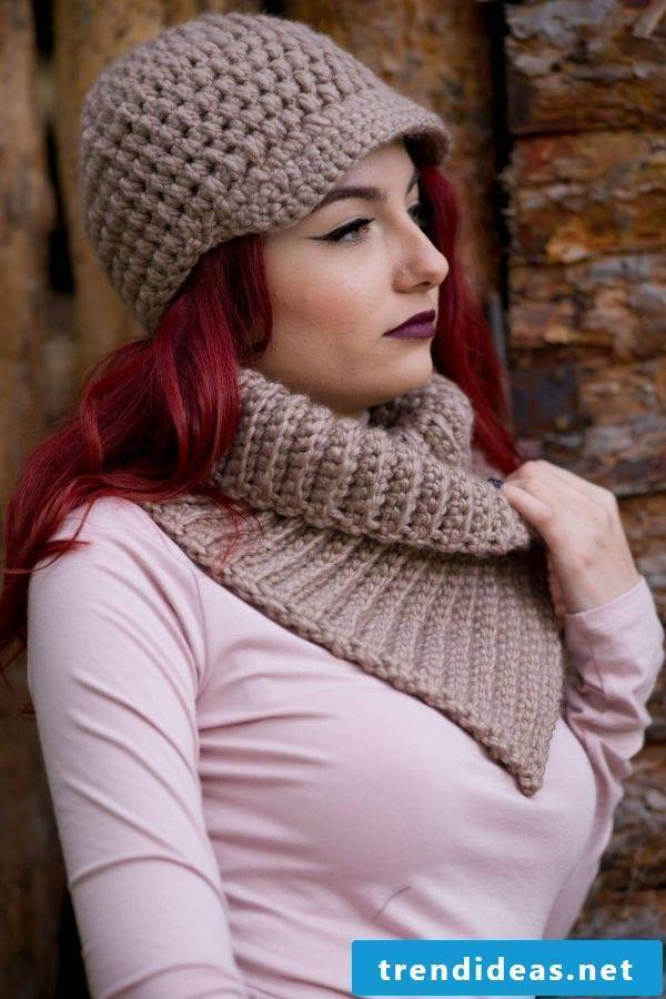 Fashionable scarf you can knit by yourself!  Read here!