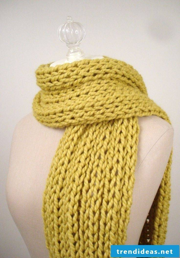 Do not stroll around the shops for a knit scarf - knit one!