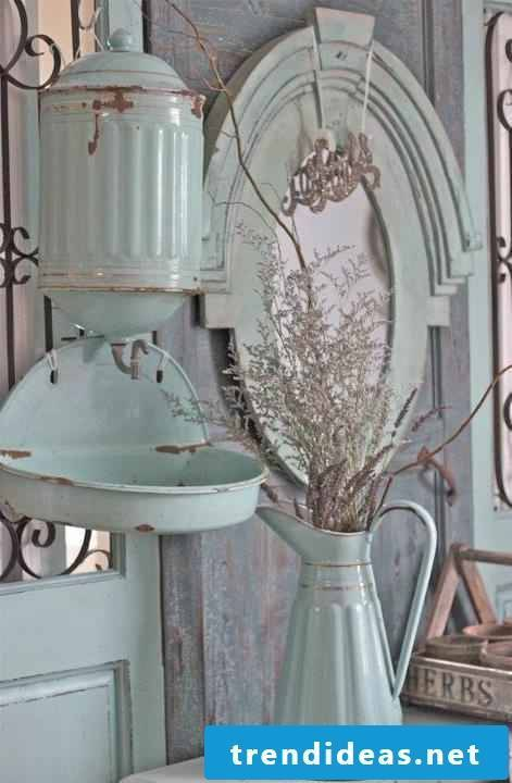 Furnish your home in shabby style and the well-being is guaranteed!