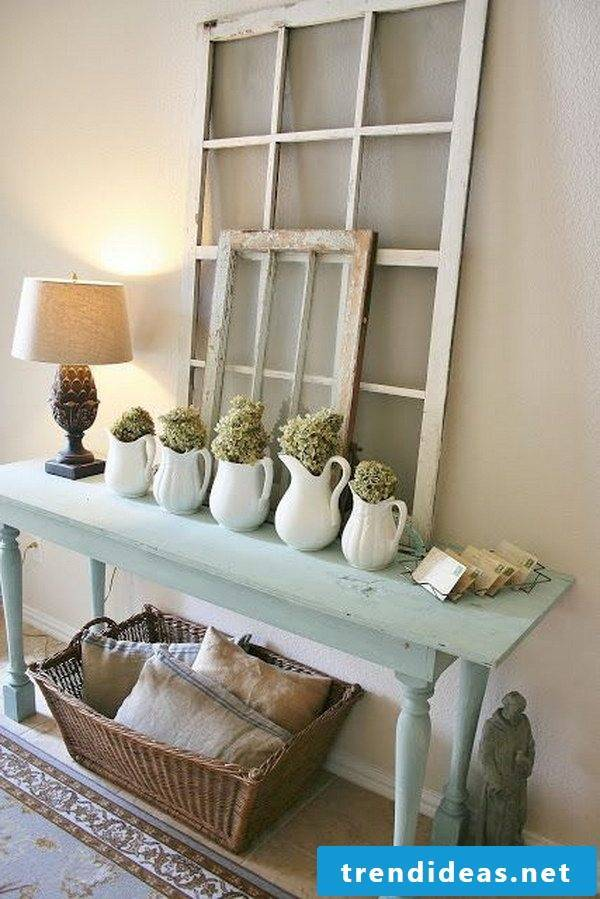 ,  In today's article, we'll give you some DIY instructions on how to make Shabby Chic shelves yourself