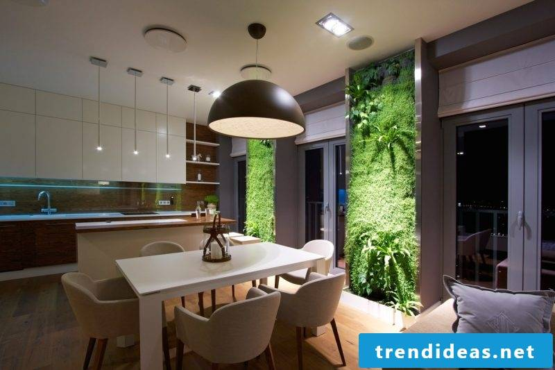 Vertical garden must be emphasized with appropriate lighting