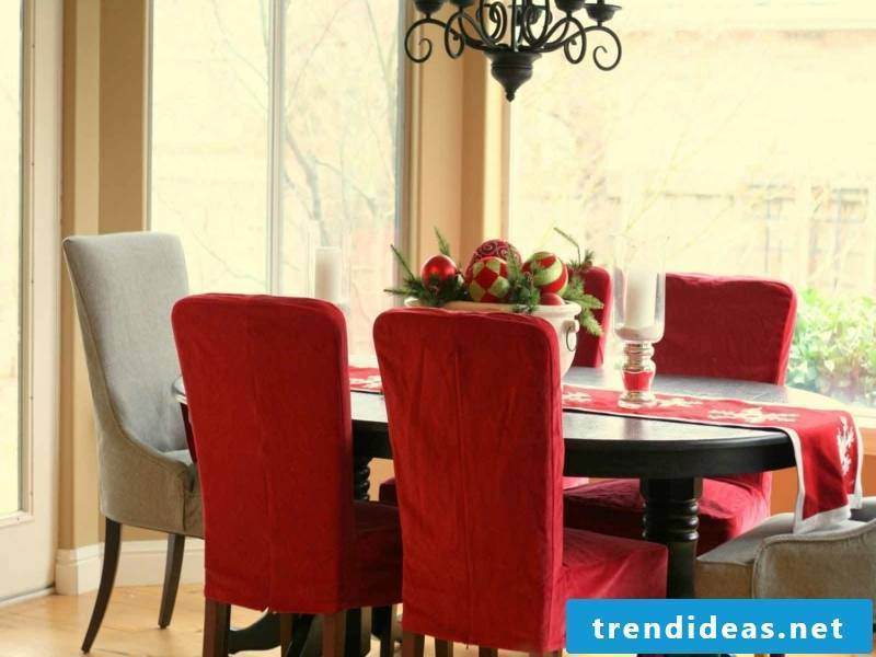 Interior-dining room-christmas-resized