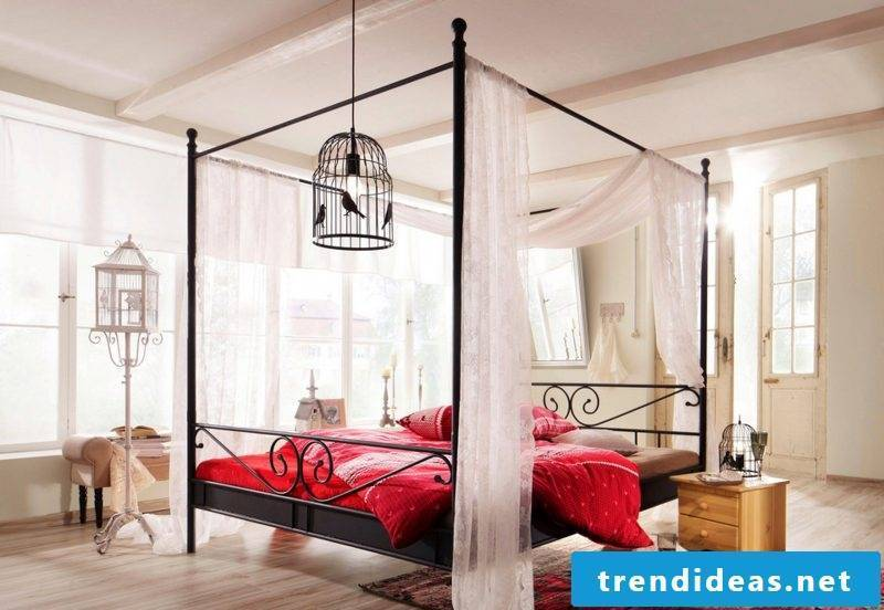 Four-poster curtain romantic