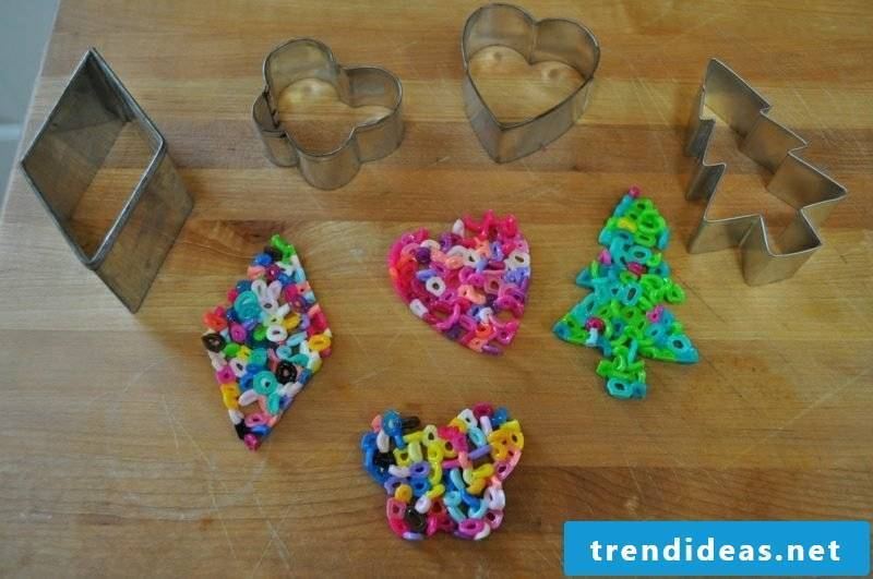 Ironing beads templates Christmas to melt the beads in the oven