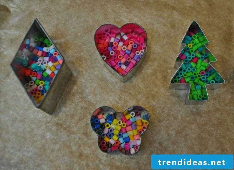 Iron-on beads templates Christmas cookie cutters use