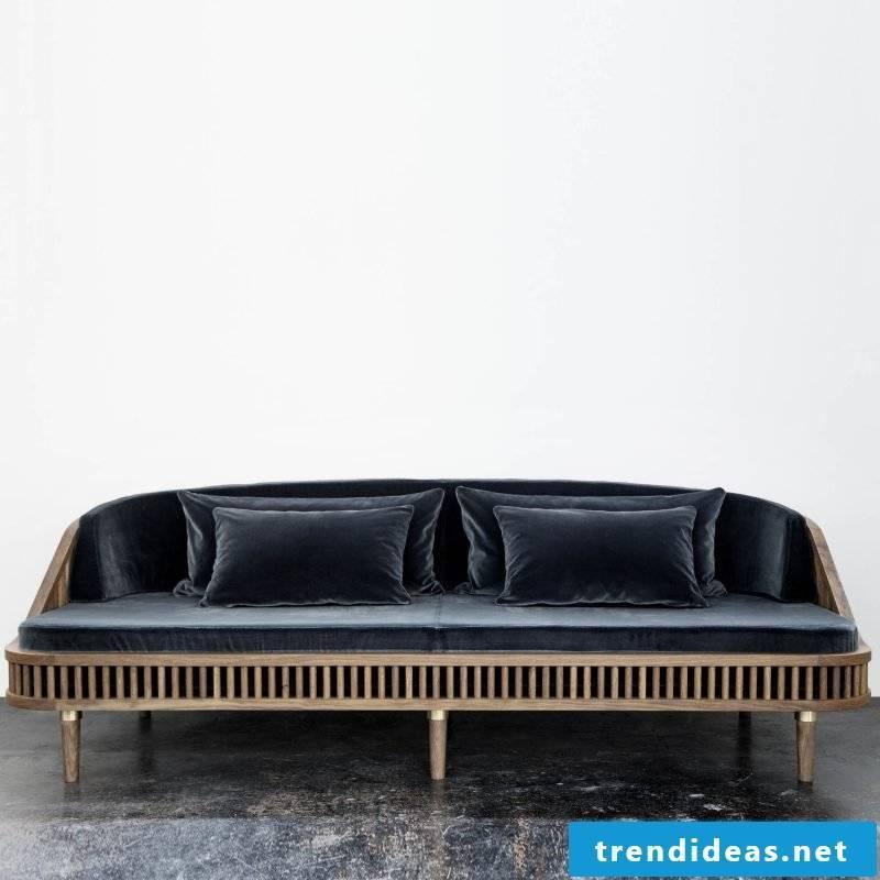 Italian designer furniture: sofa in blue!