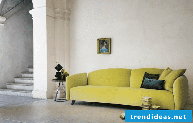 Italian designer furniture: sofa in green!