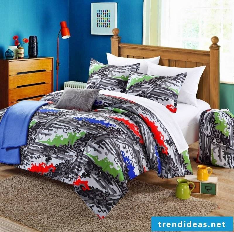First discuss the style of the bed linen with your child