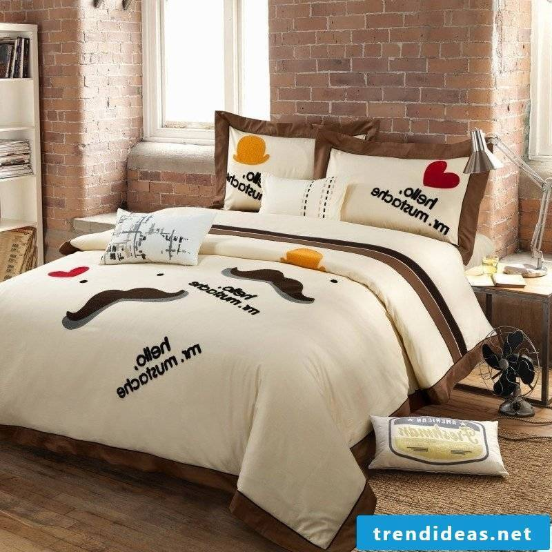 Cool bed linen with interesting sayings