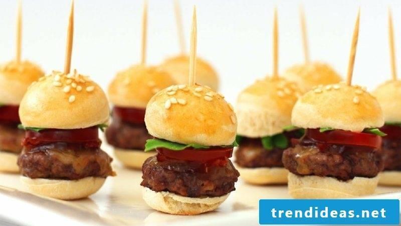 Finger food for kids birthday mini burger