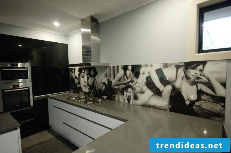 Kitchen back wall cheap black and white