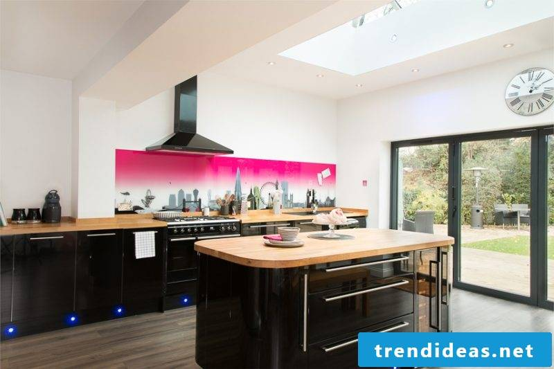 Make kitchen back wall cheap with color