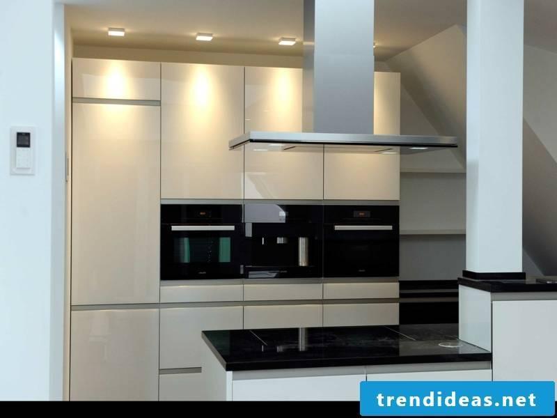 minimalistic kitchen lighting design