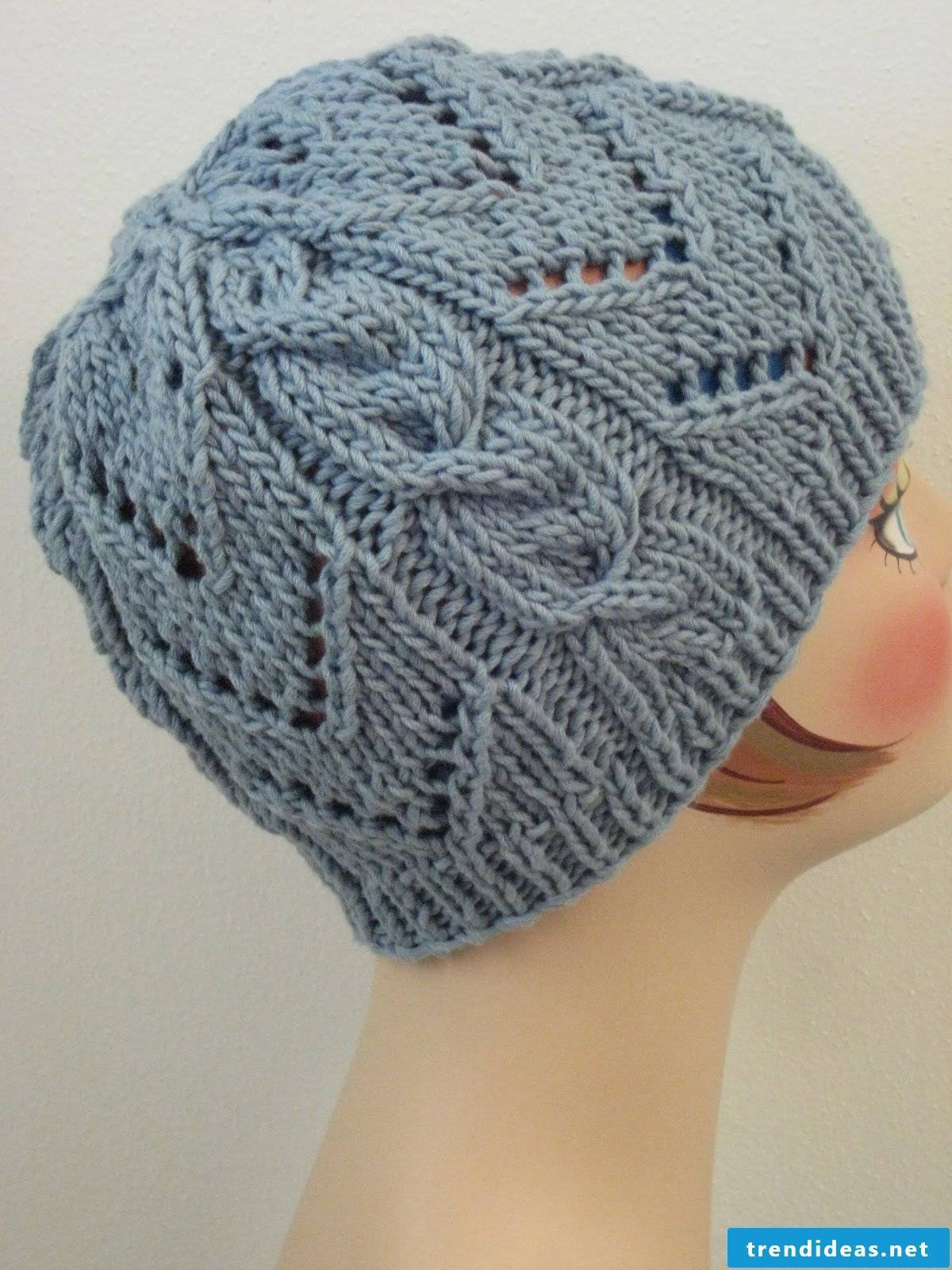 Knitting or crocheting - anyone with the right instructions
