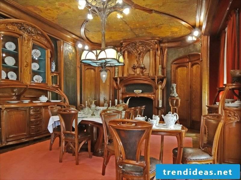 Art Nouveau features dining room