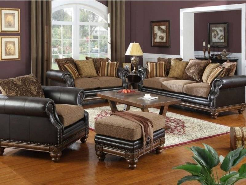 Living room design colonial style leather armchair