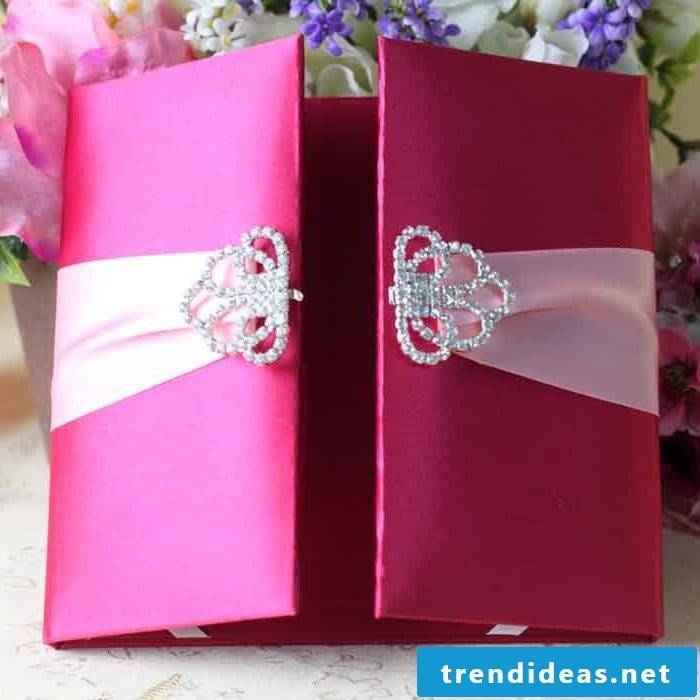 Make your own wedding invitations pink