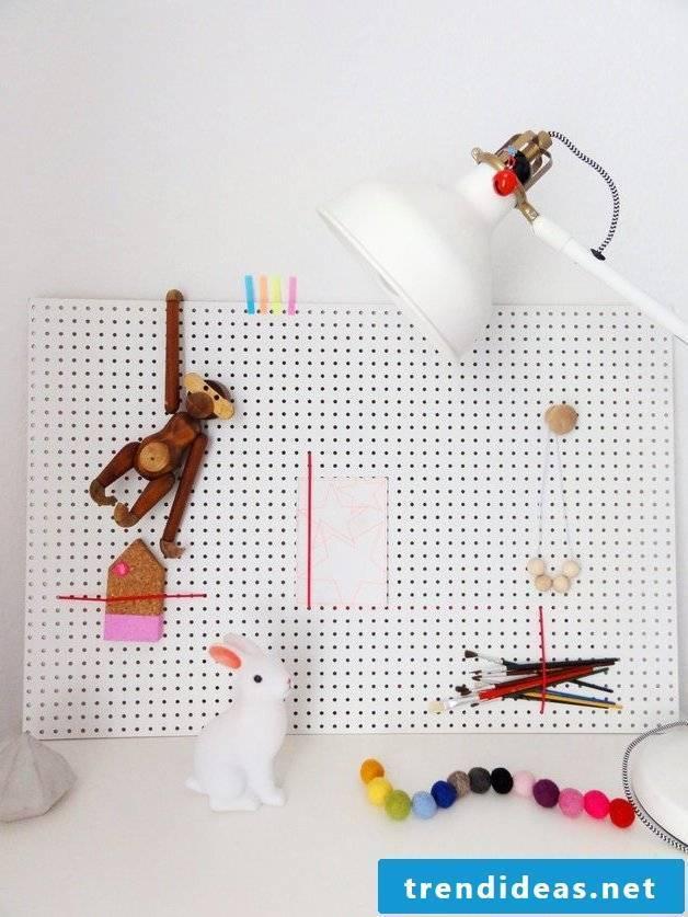 pin board itself make hole plate