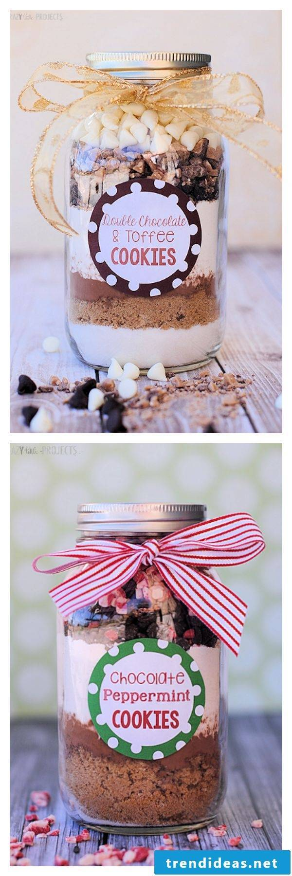 Christmas presents homemade - make baking mix in the glass itself