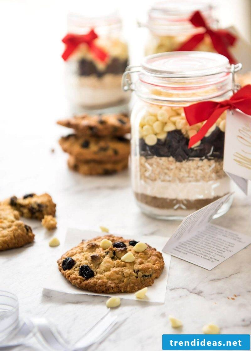 Make baking mix in the glass itself - clean eating recipes