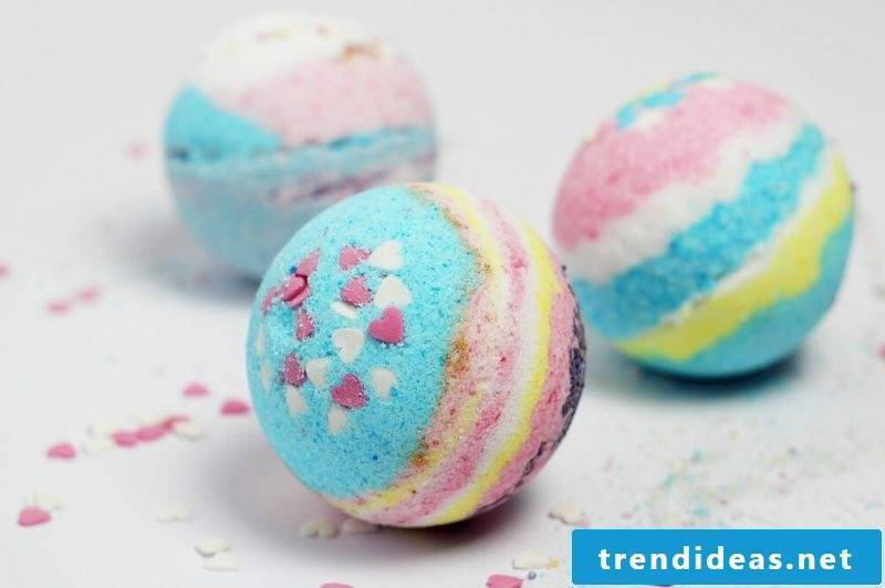 Bath balls themselves make recipes and helpful tips