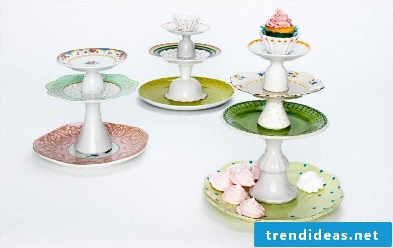 Make the cake stand yourself