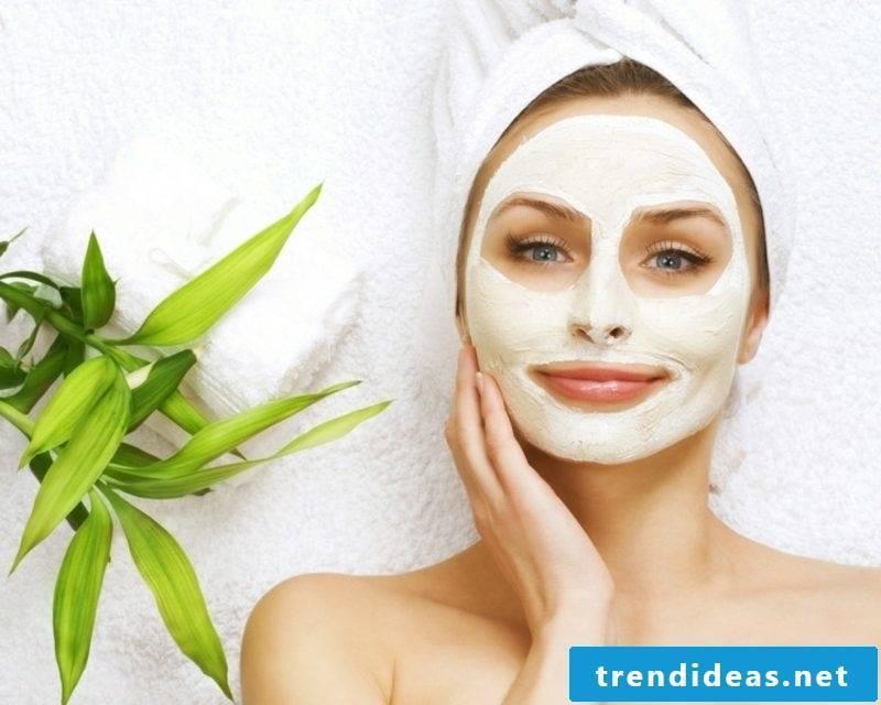 Make DIY mask recipes mask with aloe vera yourself