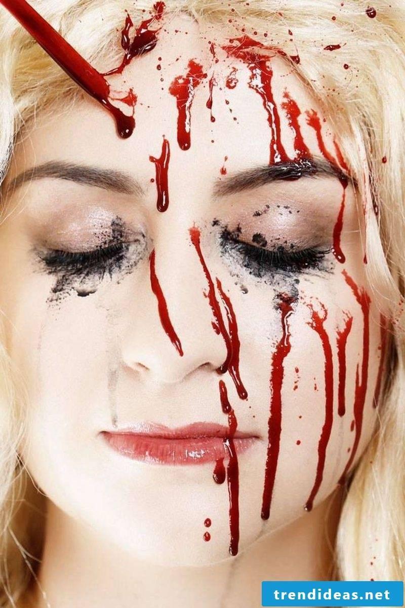 Make-up instructions fake blood