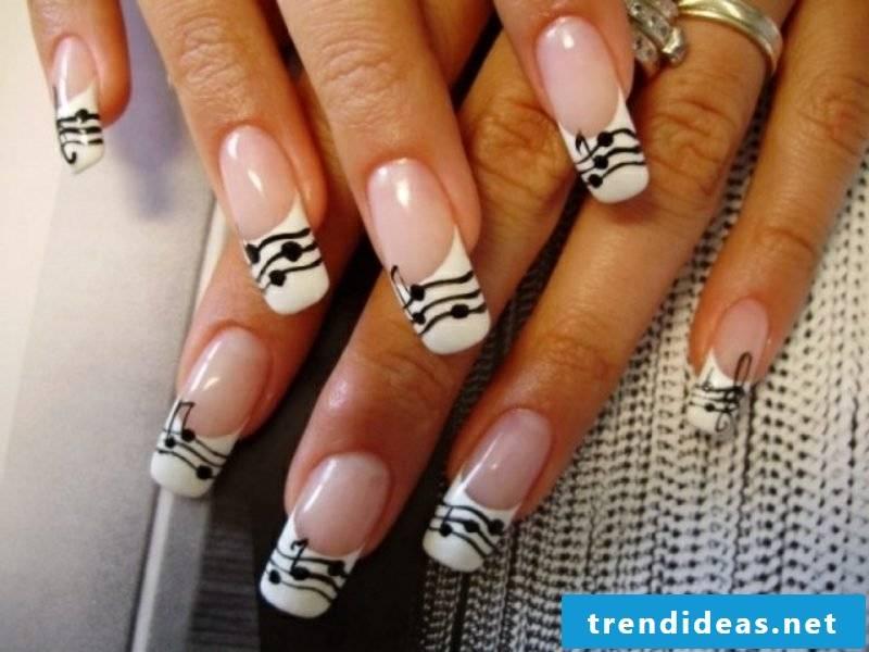 Nail art design knows French Nails music notes