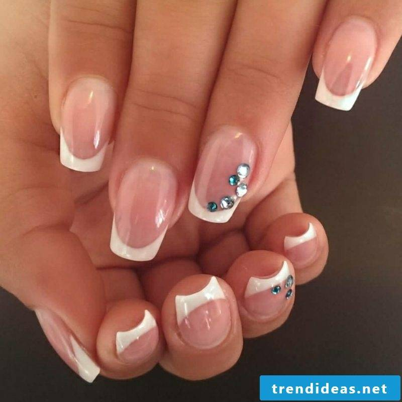 Naughty gorgeous manicure with sparkles