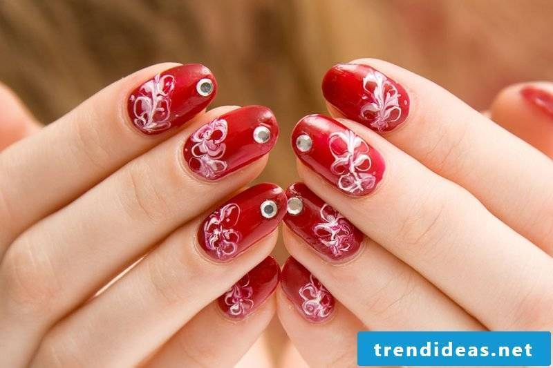 How to Have Beautiful Nails Without Removing the Cuticle
