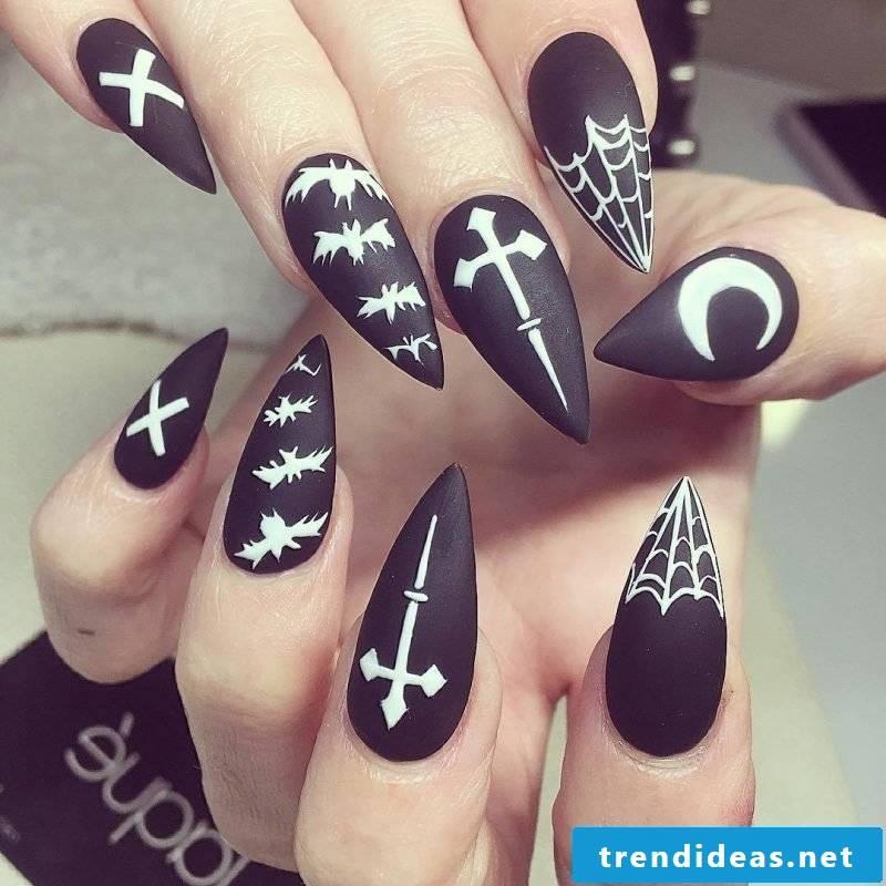 Halloween Nails DIY Ideas Black White Design